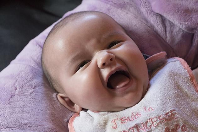 Bébé souri